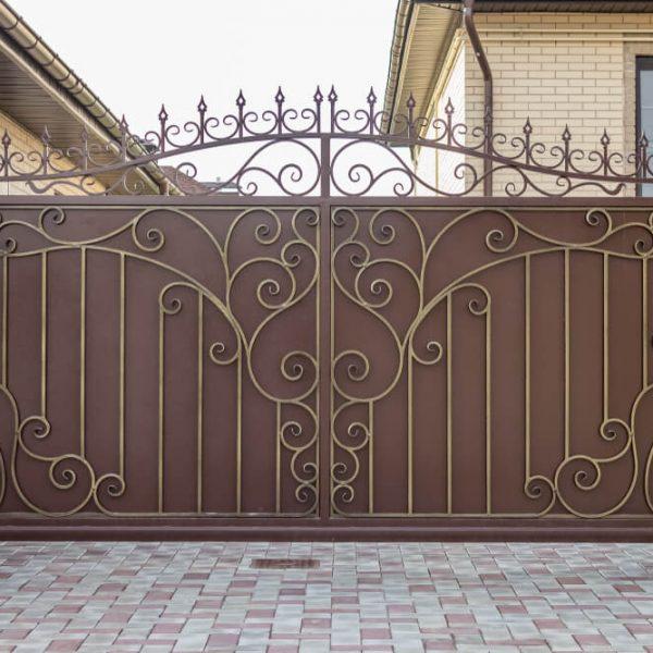 Kovaná brána na kľúč Bratislava iBrány